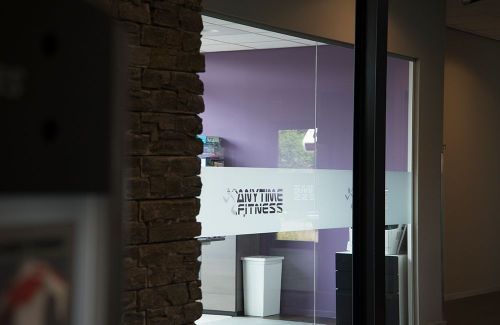 Anytime Fitness glass etch